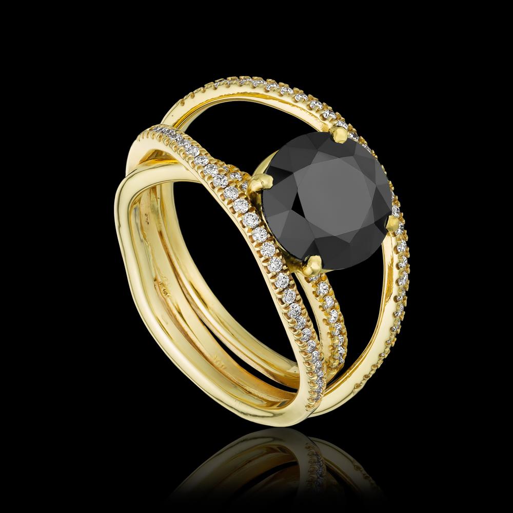 טבעת בזהב צהוב 14K משובצת ספינל שחור ויהלומים