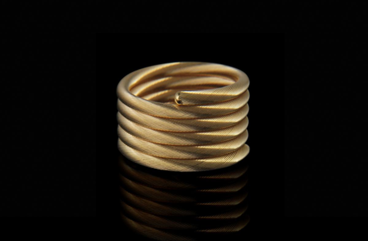 טבעת זהב צהוב 18K