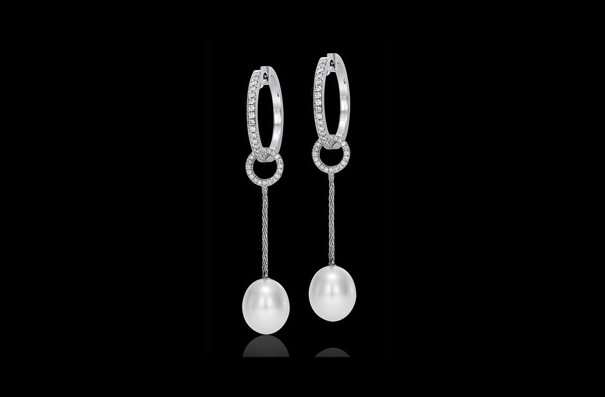 עגילי פנינים בזהב לבן 14K משובצים יהלומים