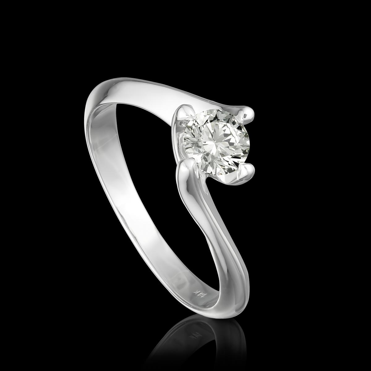 טבעת בזהב לבן 14K משובצת יהלום