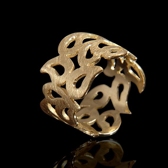טבעת בזהב צהוב 14K